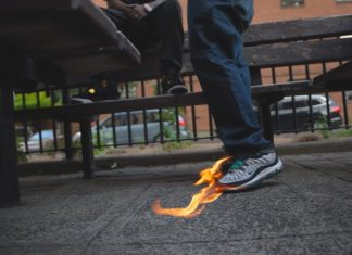 Lady Boss Ross & Tonywink - Flaming Shoes
